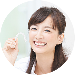5.動いた歯が逆戻りしないように、保定期間を設けることがあります。